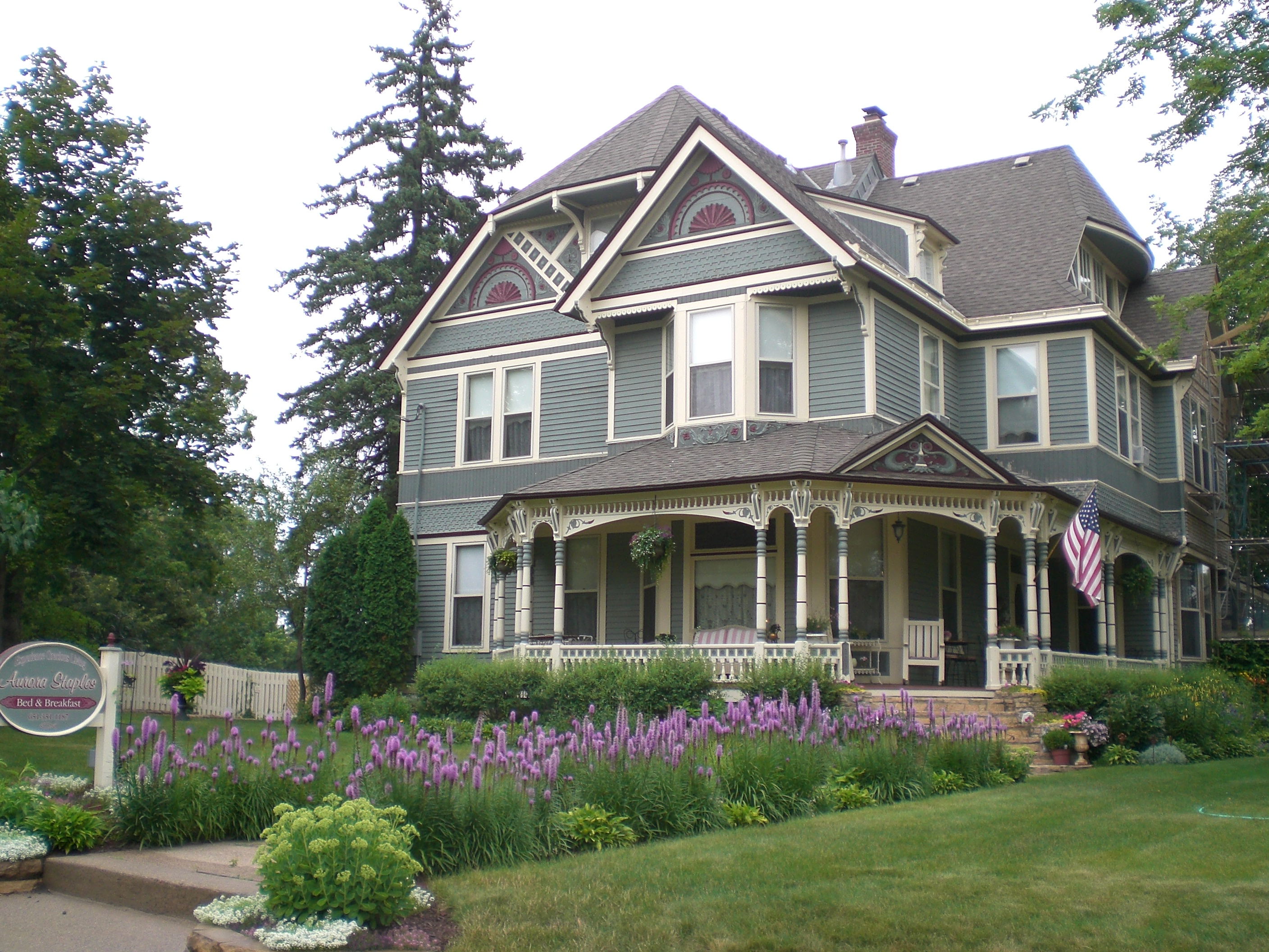 Aurora Staples Bed and Breakfast 32